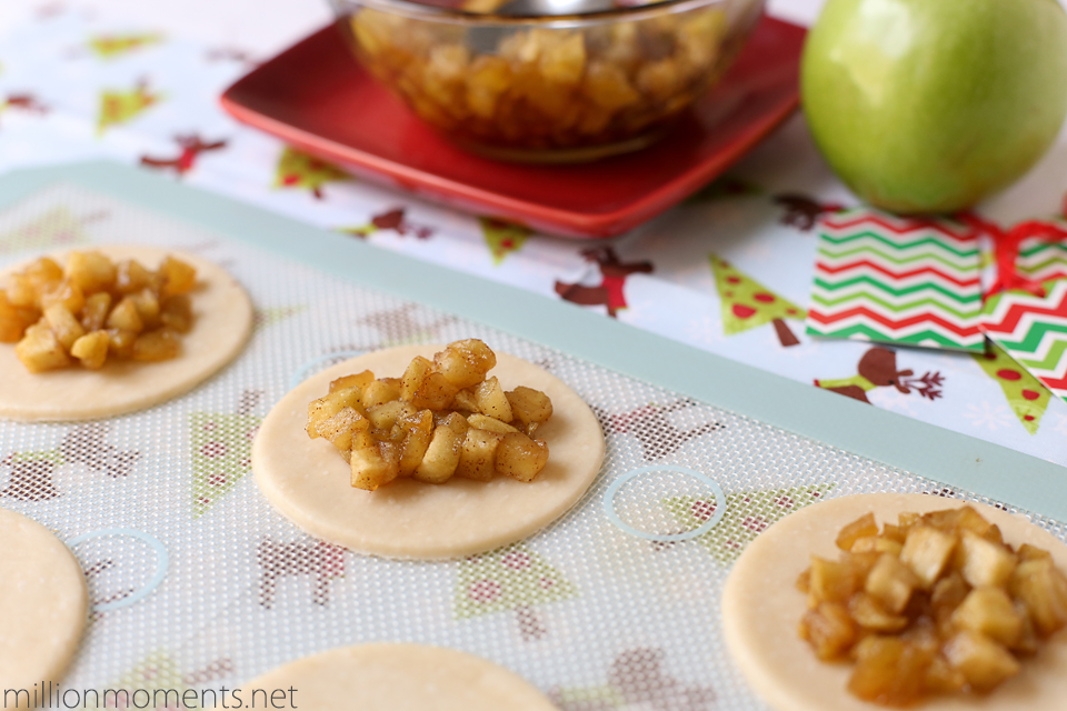 Apple pie pops with butter crust #HolidayButter #shop
