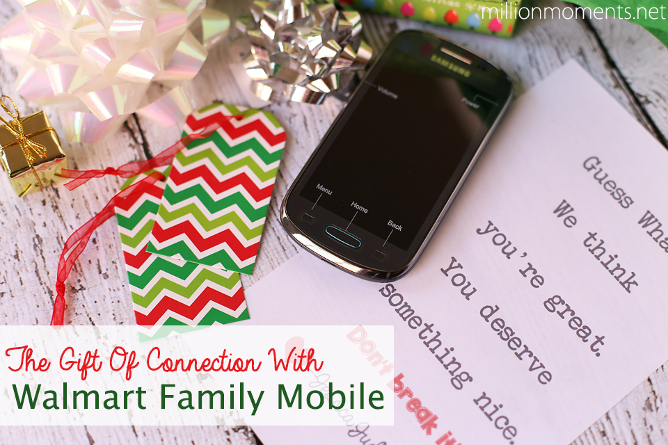 The Gift Of Connection With Walmart Family Mobile {& A Cute DIY Gift Wrap!}
