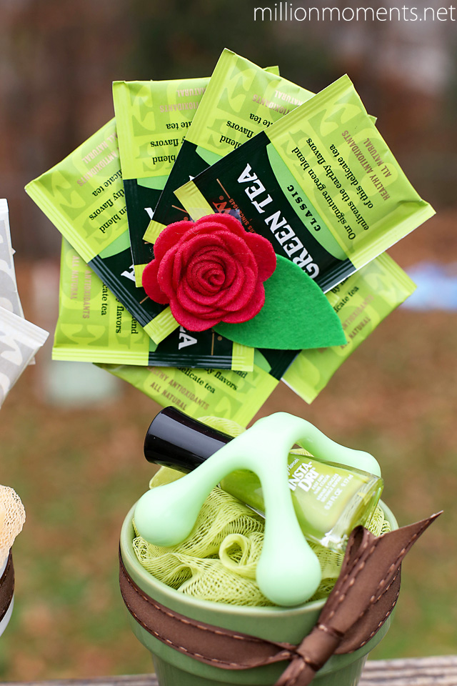 Adorable pampering gift with a DIY Bigelow Tea flower #shop