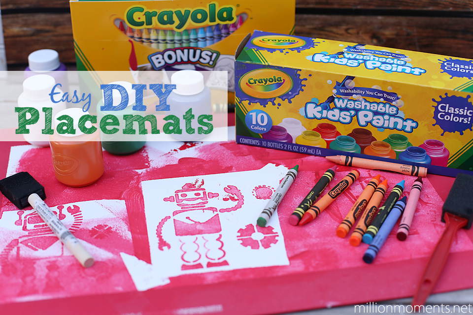 Easy DIY placemats with Crayola #colorfulcreations #shop