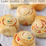 Mini Cake Batter Cinnamon Rolls {Recipe}