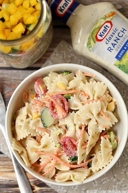 Easy summer pasta salad recipe #shop