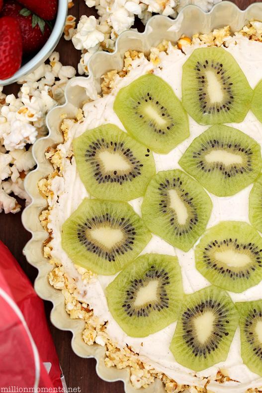 Fruit tart with Greek yogurt and popcorn crust