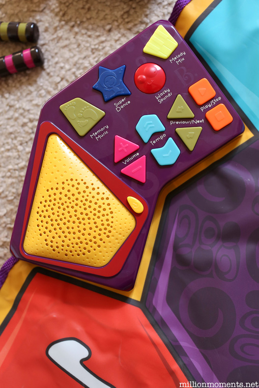 B. Musical activity mat
