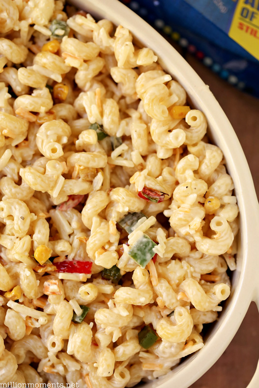 Spicy ranch and jalapeno mac & cheese, perfect for your Thanksgiving celebration!