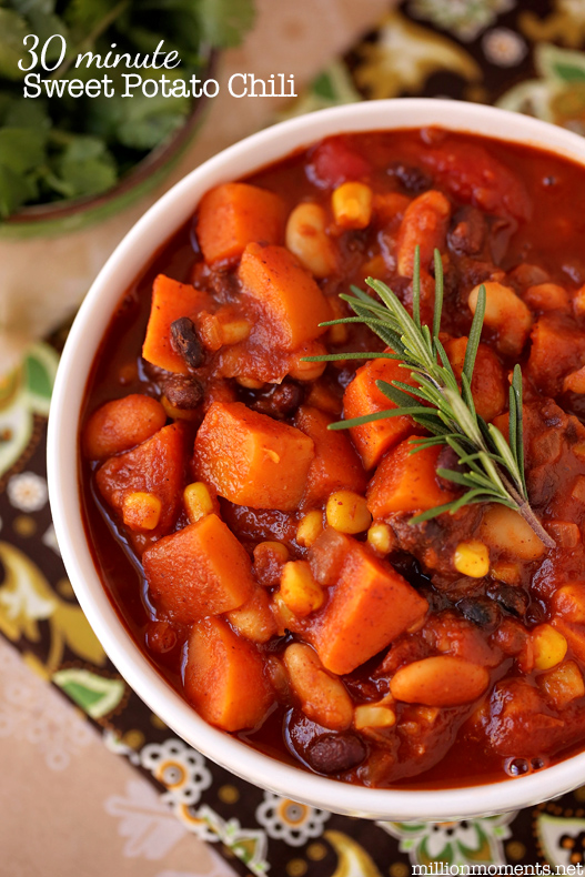 Sweet potato chili recipe for healthy eating over the holidays, 30 minute meal that's packed with flavor.