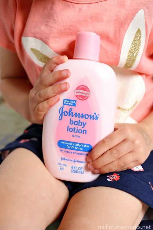 Infant massage techniques for parents #johnsonspartners #SoMuchMore