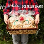 Happy Holidays Goldfish Snack Mix