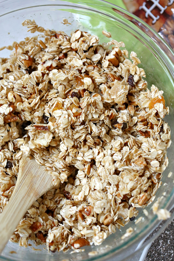 Easy granola bars adventure busy box press mixture into a small baking pan lined with wax paper refrigerate for at least 2 hours and then you can take it out and cut into rectangles solutioingenieria Choice Image