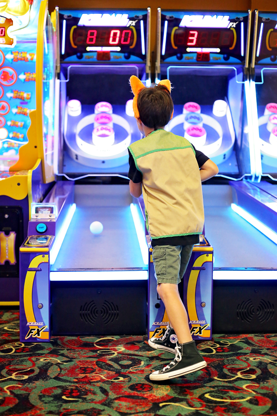 Kids Bolwing Alley Game