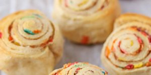 Mini cake batter cinnamon rolls